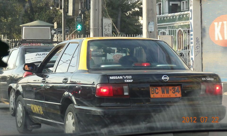 Taxi in Chile, image by GatoOH on Wikipedia, CC3 license