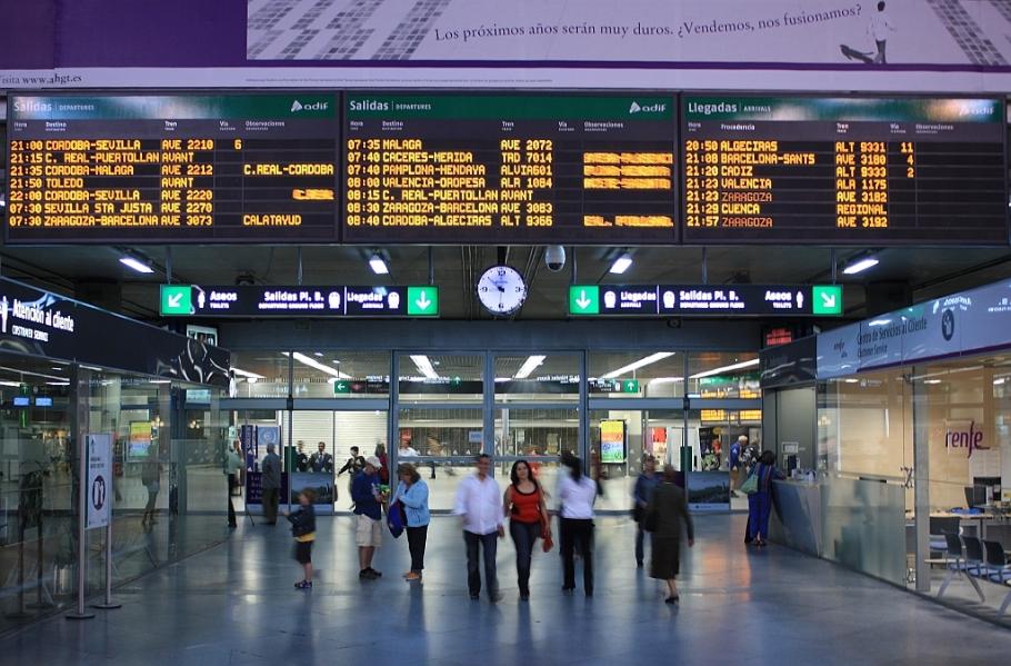Departures area, Estación Atocha, Atocha, Madrid, Spain, España, fotoeins.com