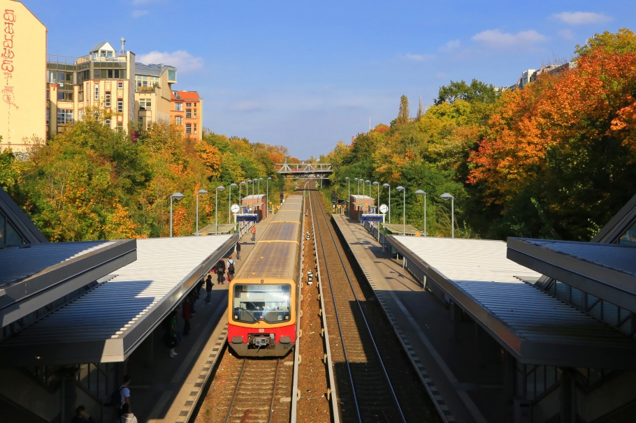 Julius-Leber-Brücke, S-Bahnhof, S-Bahn Berlin, Schöneberg, Berlin, Germany, fotoeins.com