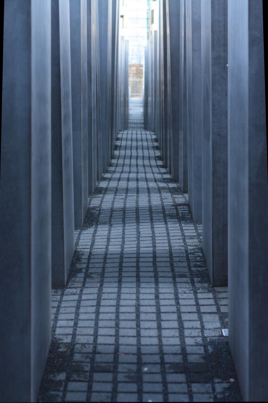 Field of stelae, Holocaust Memorial, Berlin, Germany, fotoeins.com