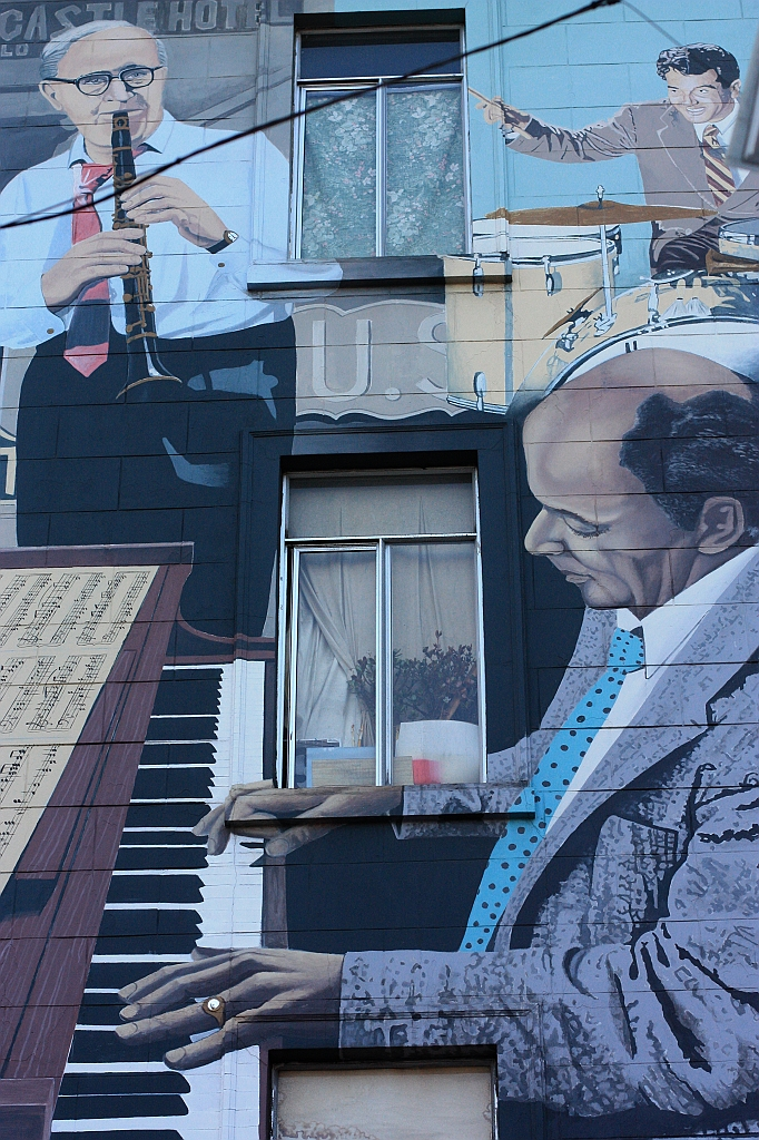 Bill Weber, mural, jazz, Columbus, Broadway, North Beach, San Francisco