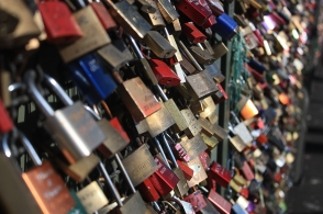 Love locks: Hohenzollern Bridge, Cologne, Germany