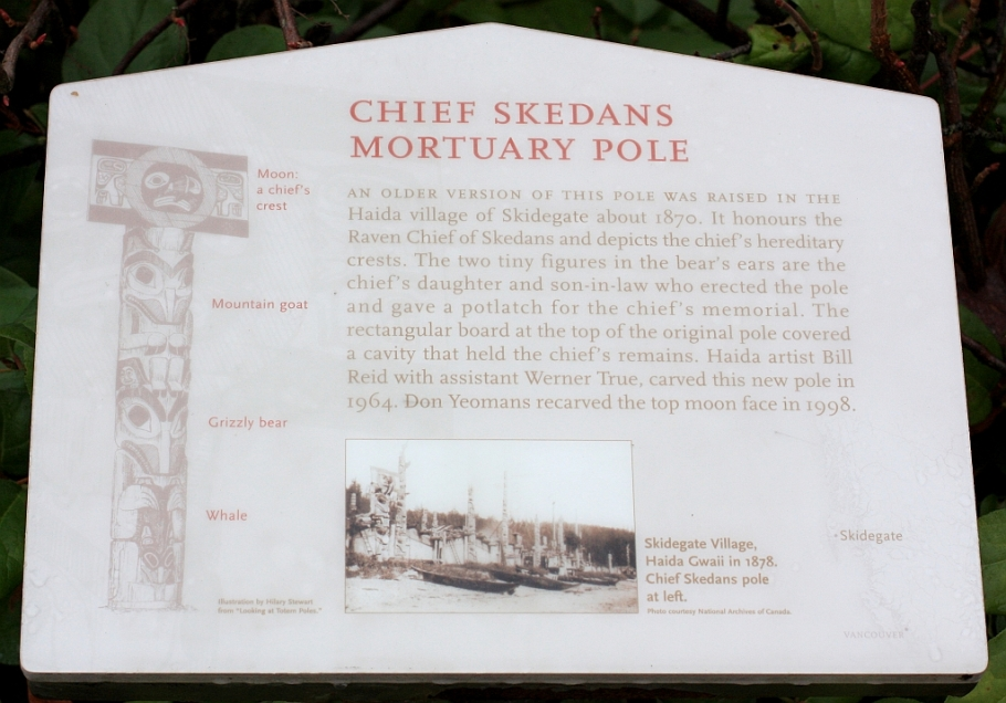Chief Skedans mortuary pole, totem pole, Brockton Point, Stanley Park, Vancouver, Canada