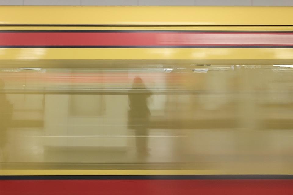 Reflective selfie, S-Bahn, Potsdamer Platz, Berlin, Germany, fotoeins.com