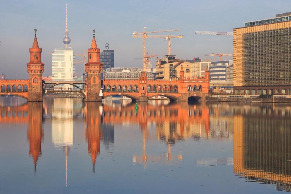 Oberbaumbrücke, Spree river, Fernsehturm, ThatTowerAgain, Berlin, Germany, fotoeins.com