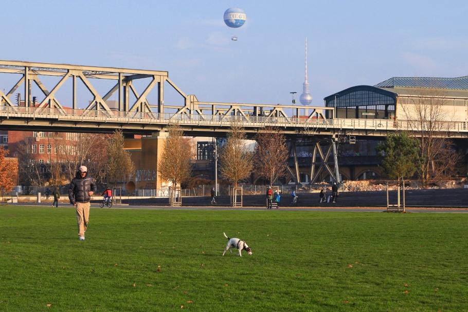 Park am Gleisdreieck, Gleisdreieck, Fernsehturm, ThatTowerAgain, Berlin, Germany, fotoeins.com