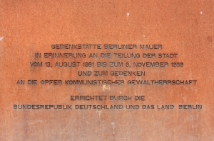Memorial plaque, Berlin Wall Memorial at Bernauer Strasse