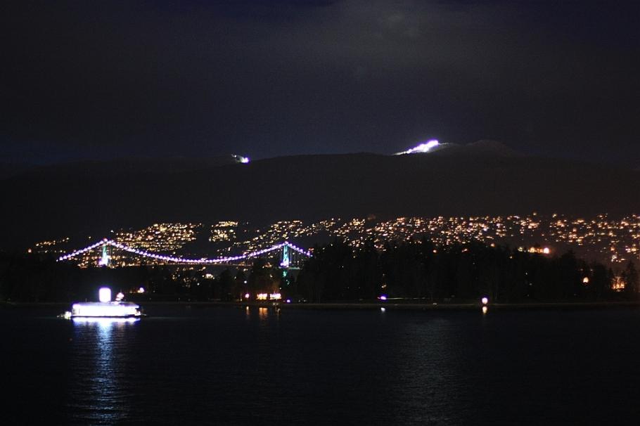 Lions Gate Bridge, Stanley Park, Coal Harbour, Burrard Inlet, Cypress Mountain, West Vancouver, Vancouver, BC, Canada