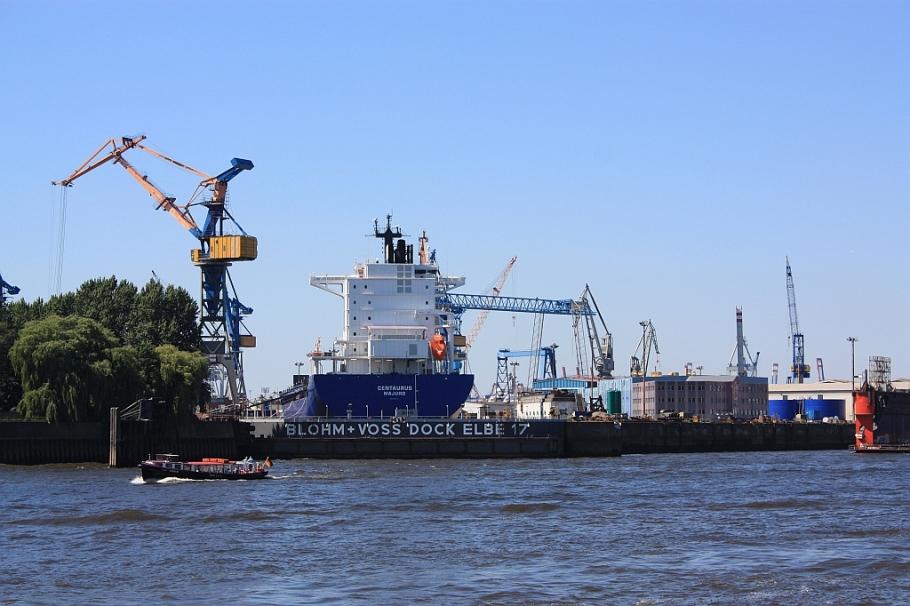 Port of Hamburg, HVV harbor ferry, ferry 61, Elbe river, Hamburg, Germany, fotoeins.com