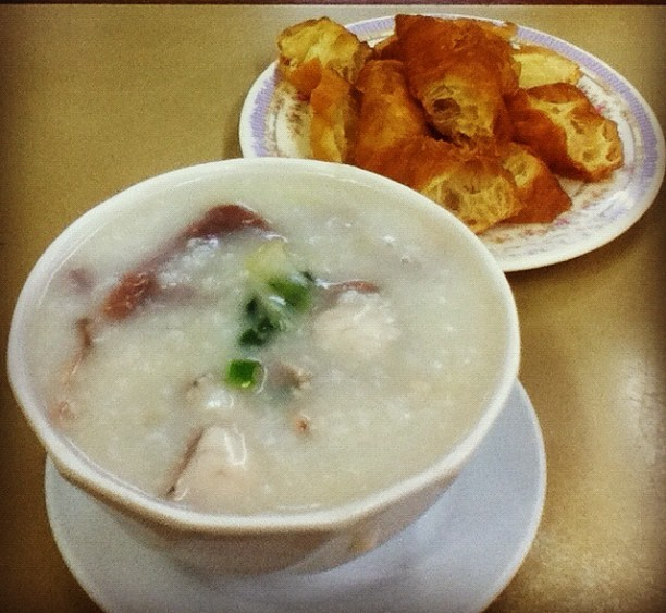 Nathan Congee and Noodle, Kowloon, Hong Kong, fotoeins.com