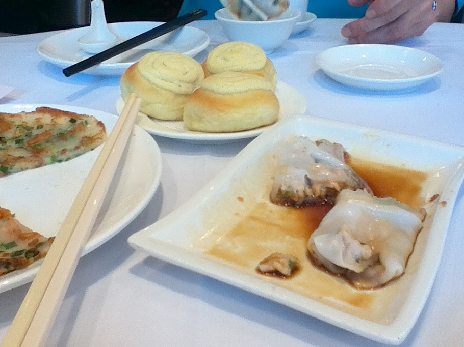 Dim sum/yum cha at The Graces, Lee Theatre Plaza, Causeway Bay, Hong Kong - 10 Jun 2012