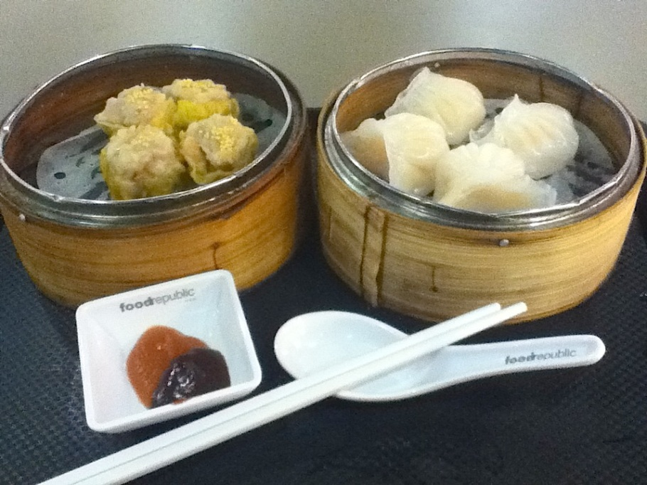 Dim-sum dumplings for lunch : Food Republic, Cityplaza, Hong Kong - 14 Jun 2012