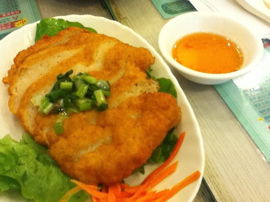 Pan-fried shrimp cake. Pho Tai, Quarry Bay, Hong Kong - 17 Jun 2012