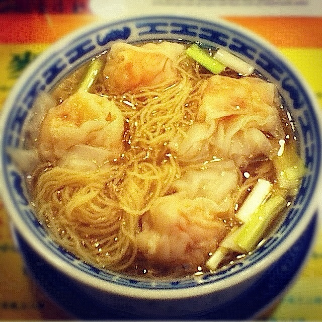 Wonton noodle soup. Mak's Noodles, Central, Hong Kong - 19 Jun 2012