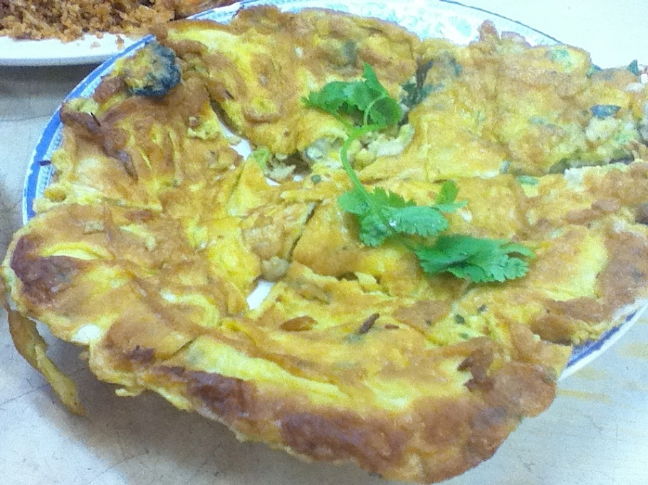 Wok-fried oyster omelette. Tung Po Kitchen, Java Road Market, North Point, Hong Kong - 22 Jun 2012