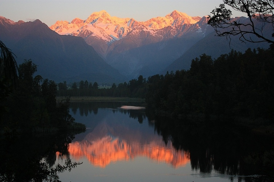 Lake Matheson at sunset