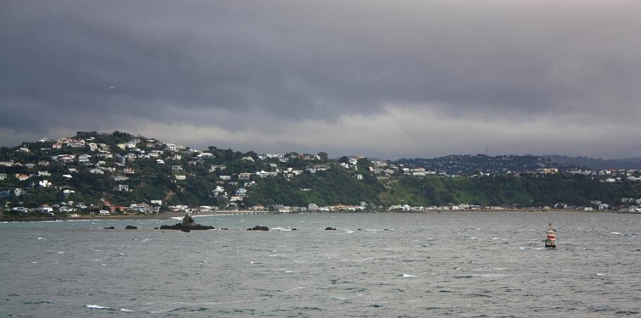 "Shallow rocks; Strathmore Park on the Miramar peninsula, on board ""Kaitaki"" Interislander ferry from Wellington to Picton, New Zealand, fotoeins.com"