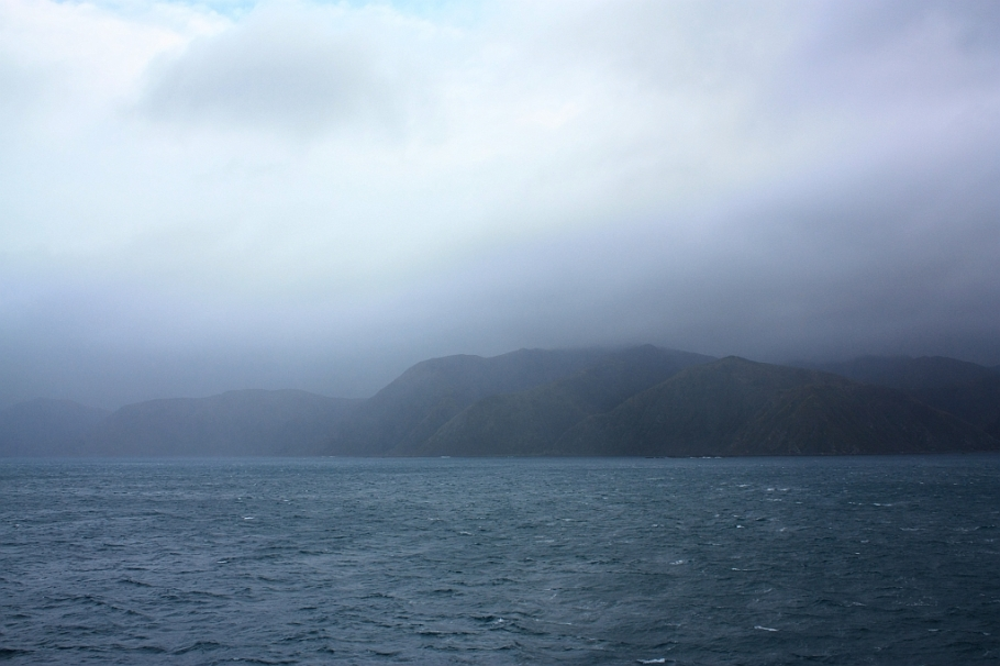 "South coast of North Island, on board ""Kaitaki"" Interislander ferry from Wellington to Picton, New Zealand, fotoeins.com"