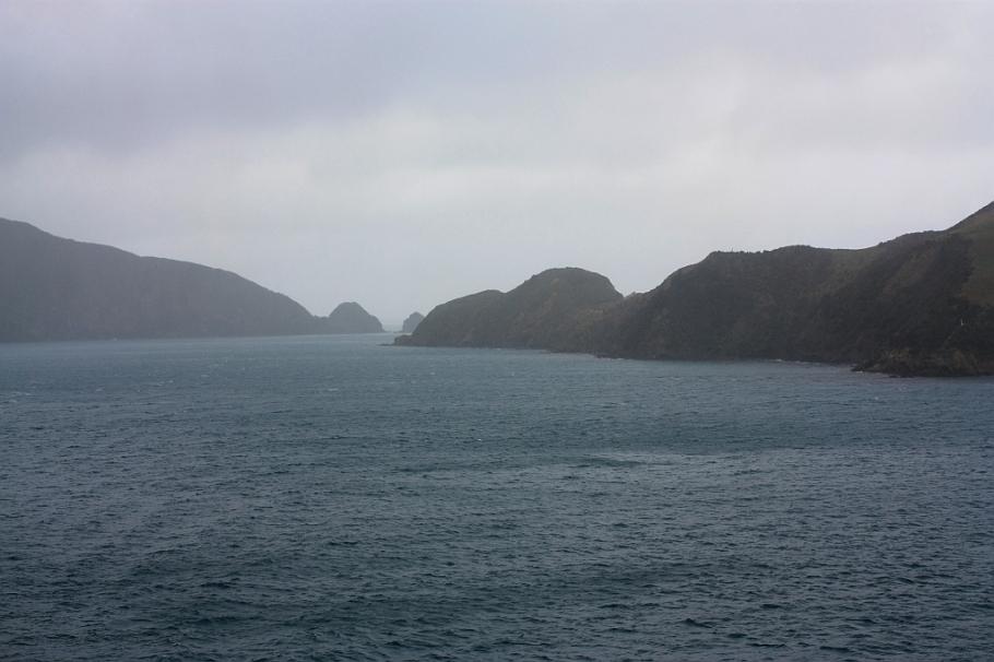 """Tory Channel, on board """"Kaitaki"""" Interislander ferry from Wellington to Picton, New Zealand, fotoeins.com"""