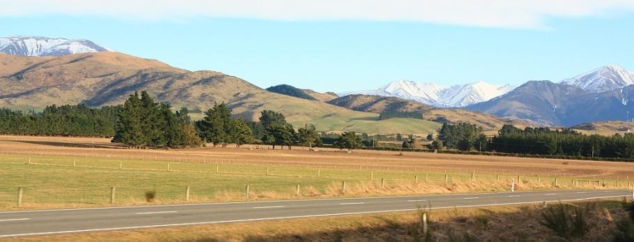 Torlesse Range, from TranzAlpine train from Christchurch to Greymouth, fotoeins.com
