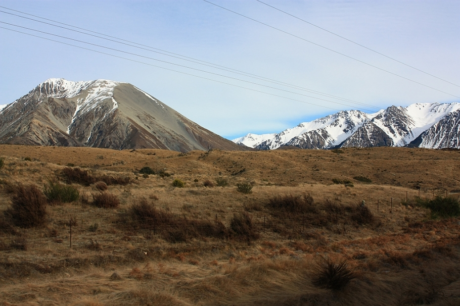 Through the Torlesse Range, TranzAlpine train from Christchurch to Greymouth, fotoeins.com