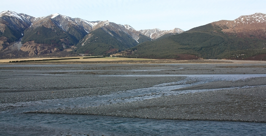 Waimakariri River, from TranzAlpine train from Christchurch to Greymouth