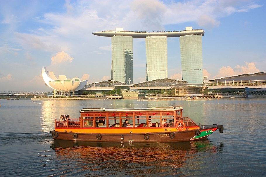Kallang river, Merlion, Marina Bay Sands, Singapore
