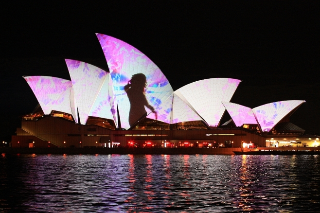 MIRROR by The Spinifex Group, Opera House, VIVID Sydney, Australia