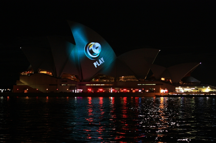 VIVID Sydney - 29 May 2013, fotoeins.com