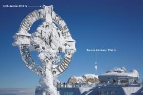 Zugspitze summit crosses (Gipfelkreuze) on Austria and Germany, fotoeins.com