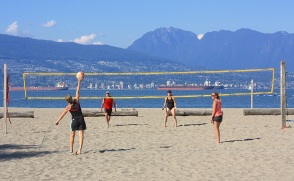 Two vs. two volleyball: Spanish Banks East, Vancouver, BC, Canada - 18 Jul 2013, fotoeins.com