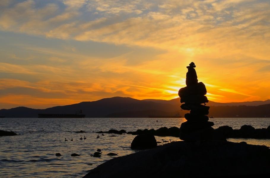 Summer solstice sunset silhouette at the Salish Sea : Second Beach, Stanley Park, Vancouver, Canada - 21 Jun 2014, fotoeins.com