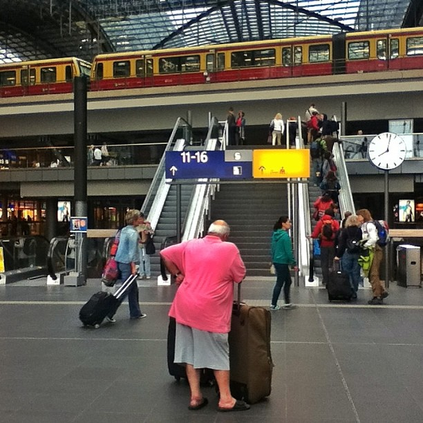 Mr. Pink, Berlin Hauptbahnhof, Berlin Central Station