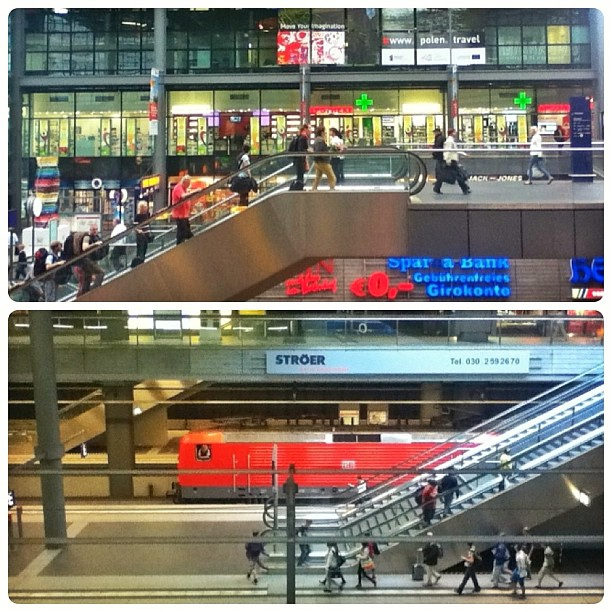 Up and up, escalators, Berlin Hauptbahnhof, Berlin Central Station