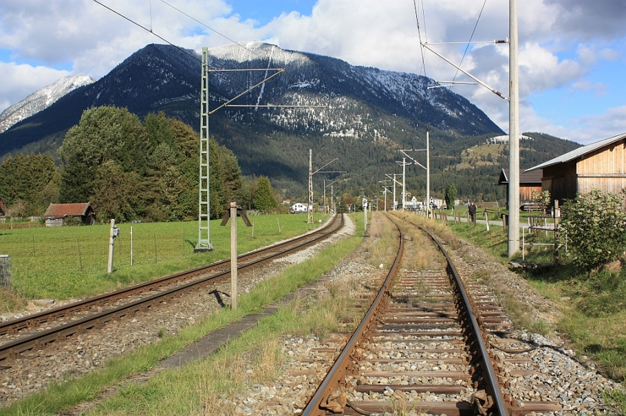 Tracks shared by Bayerische Zugspitzbahn and Ausserfernbahn, Hausberg, fotoeins.com