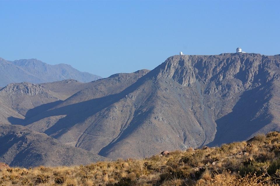 Southern Atacama desert, between Cerro Tololo and Cerro Pachon, Region de Coquimbo, Chile, fotoeins.com