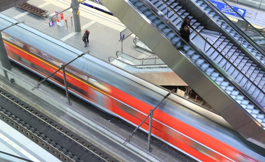 Berlin Hauptbahnhof, train station, Berlin, Germany, fotoeins.com