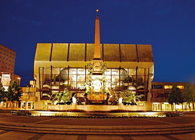 Leipzig: Gewandhaus concert hall, evening, by Schmidt, Leipziger Tourismus und Marketing GmbH