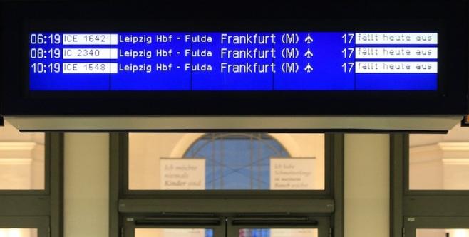 Bahn strike, Bahnstreik, Cancelled trains, Dresden Hauptbahnhof, Germany, fotoeins.com