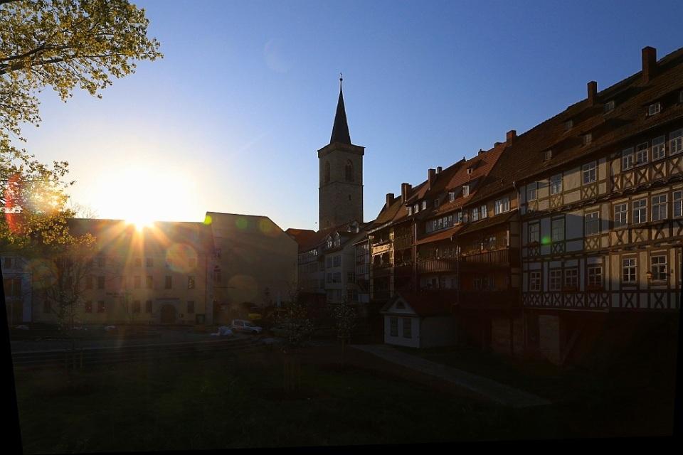Morning light on Krämerbrücke, Erfurt, Germany, fotoeins.com
