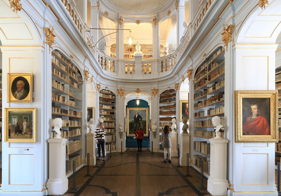 Rokokosaal, Herzogin Anna Amalia Bibliothek, Rococo Hall, Duchess Anna Amalia Library, Weimar, Germany, UNESCO World Heritage Site, Weltkulturerbe, fotoeins.com