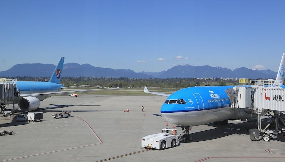 YVR, Vancouver International Airport, Richmond, BC, Canada, fotoeins.com