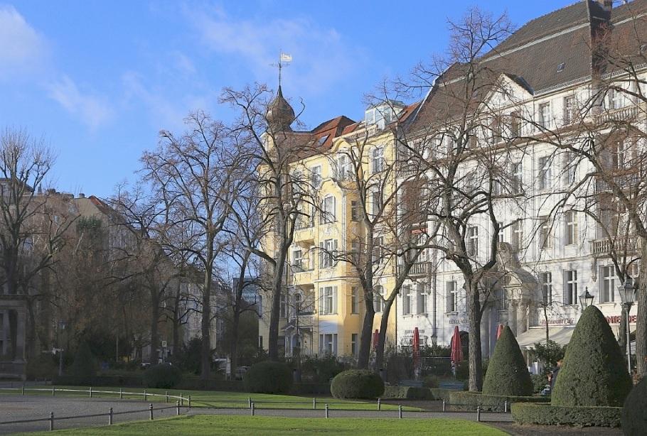 Viktoria-Luise-Platz, Schöneberg, Berlin, Germany, fotoeins.com
