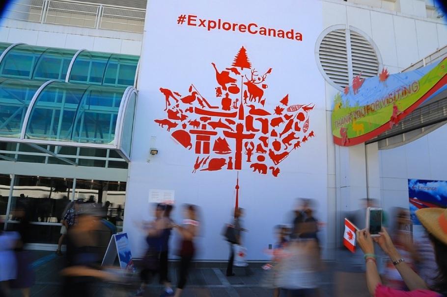 ExploreCanada mural, Canada Place, Vancouver, BC, Canada Day, fotoeins.com