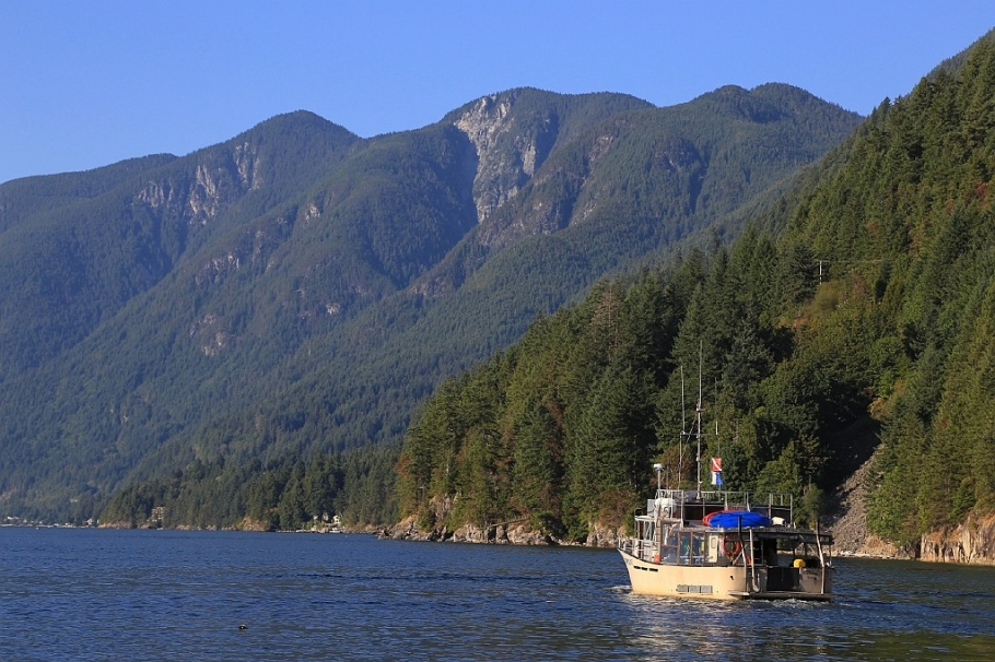 'Topline', dive boat, Sea Dragon Charters, Howe Sound, Sewell's Marina, Horseshoe Bay, BC, Canada Day 2015, fotoeins.com