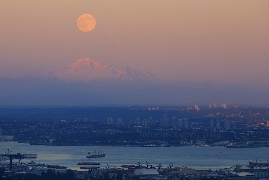 Full moon, Mount Baker, High View Lookout, Cypress Mountain, West Vancouver, BC, Canada Day 2015, fotoeins.com