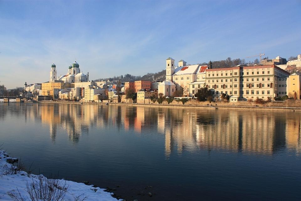 Altstadt, Inn river, Inn, Innstadt, Passau, Bayern, Bavaria, Germany, fotoeins.com