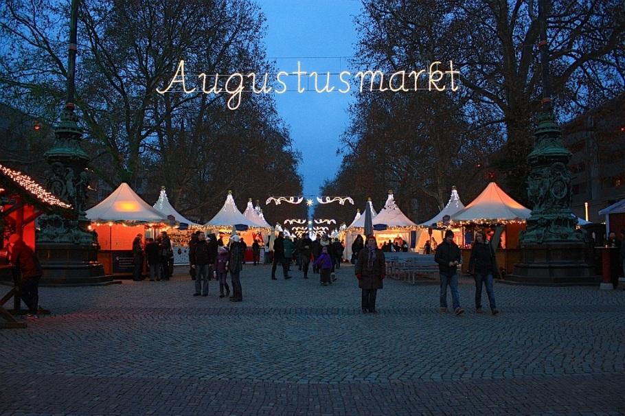 Augustusmarkt, Christmas market, Neustaedter Markt, Neustadt, Dresden, Sachsen, Saxony, Germany, myRTW, fotoeins.co