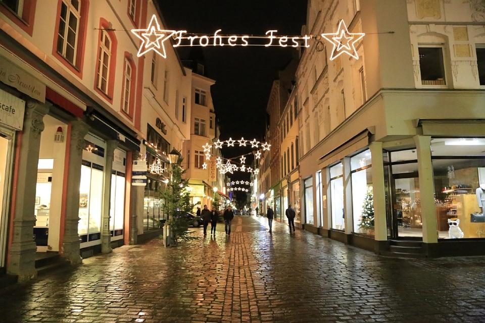 Jesuitenplatz, Altstadt, Koblenzer Weihnachtsmarkt, Koblenz, Germany, fotoeins.com