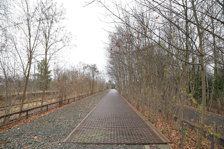 Mahnmal Gleis 17, Berlin Grunewald, Gueterbahnhof Grunewald, Bahnhof Grunewald, Memorial at track 17, Grunewald station, Grunewald, Berlin, Germany, fotoeins.com
